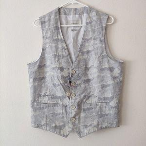 NWOT Zara Man Light Camo Vest